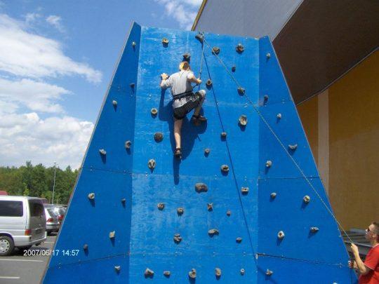 horolezecká stěna pronájem