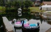 Akční novinka na léto – Lodičky s motorkem aka Bumper Boats